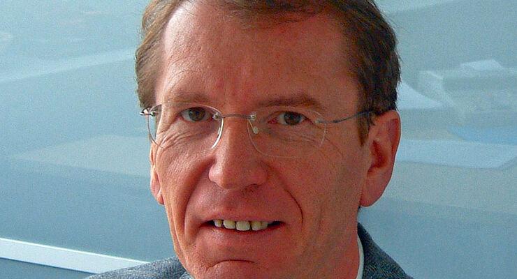 Am Sonntag, den 20. Februar 2011, verstarb Heinz Werner Breuer im Alter von 54 Jahren, langjährige Geschäftsführer der Bürstner GmbH in Kehl