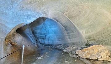 Begehbare Höhlen Schellenberger Höhlen