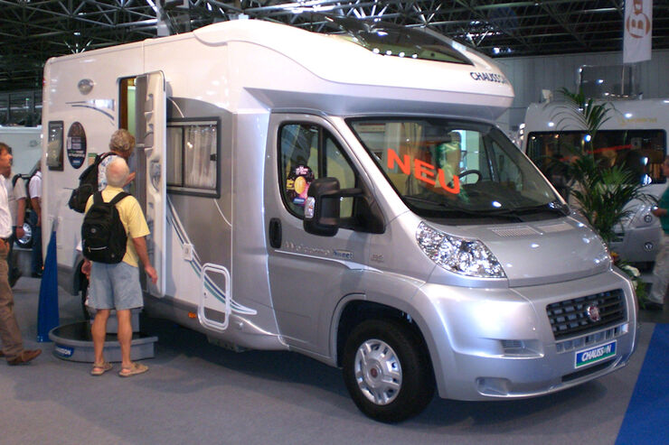 Chausson Welcome Sweet Wohnmobil mit Kochinsel Carava Salon 2009 Reisemobile