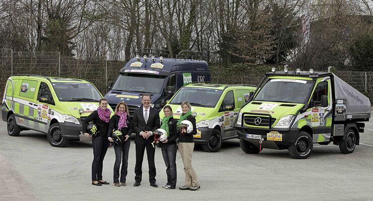 """Daimler beteiligt sich an der Wüsten-Rallye """"Aïcha des Gazelles 2011"""""""