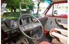 Das Cockpit kann nicht leugnen, dass es aus den 80ern stammt.