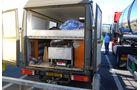 Der Dieseltank ist selbst gebaut. Darüber ist ein Bett montiert.