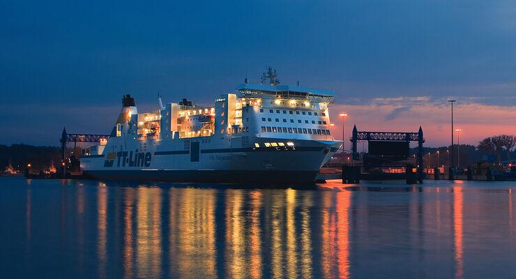 Die Reederei TT-Line bietet auf der Überfahrt nach Schweden ab Travemünde eine Silvesterparty an Bord an.