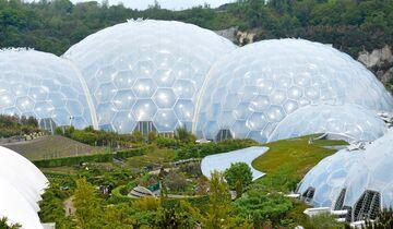 Eden Project, die größten Gewächshäuser der Welt.