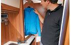 Einzeltest: Van-Tourer 630, Kleiderschrank