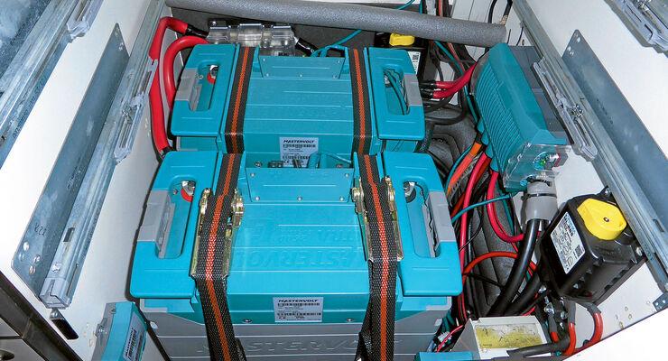 Es gibt viele Moeglichekiten die Batterie zu befestigen.