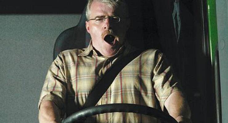 Gefahr, Sekundenschlaf, Unfall, Todesfolge, Einnicken, Deutsche Verkehrssicherheitsrat, DVR, Caravan, Wohnmobil, Reisemobil, Wohnanhänger
