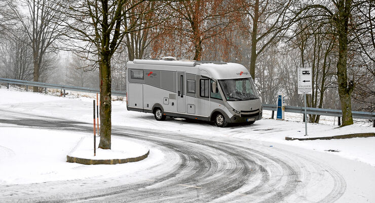Große Fahrzeuge in Bodenmais in Längsrichtung