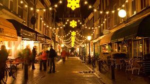 In der Zeit vom 20. Dezember 2014 bis 04. Januar 2015 präsentiert die Stadt Utrecht die sechste Auflage seines Wintercircus. Dieser besteht aus einer Mischung von Romantik, Spektakel und Humor.