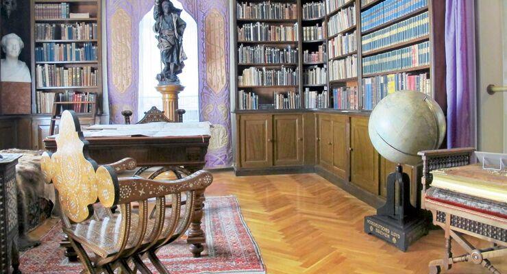 Karl Mays umfangreiche Bibliothek