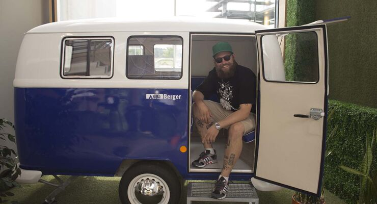 Mc Fitti macht Camping