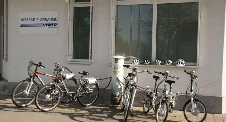 Neben Reisemobilen stehen im Bad Waldseer Hymer-Servicecenter nun auch E-Bikes vor der Türe