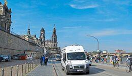Reisemobil an der Brühlschen Terrasse in Dresden