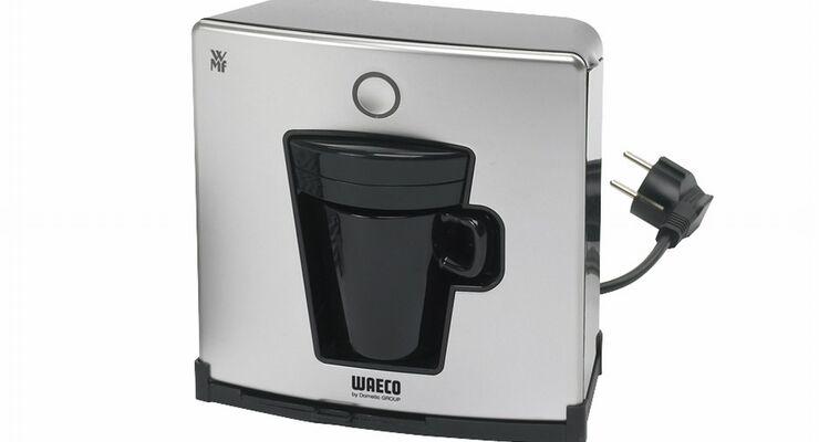 Wer unterwegs nicht auf eine frisch gebrühte Tasse Kaffee verzichten möchte, ist mit der Waeco PerfectCoffee Pad 01 gut gerüstet.