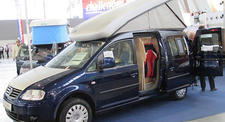 vw caddy mit schlafdach von zooom promobil. Black Bedroom Furniture Sets. Home Design Ideas
